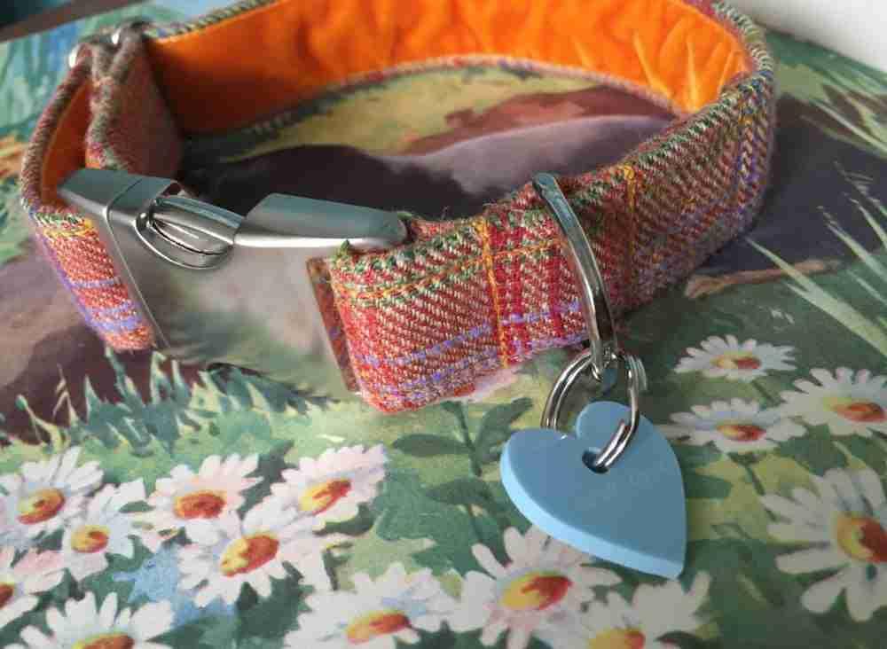 Scrufts' Cinnabar Donegal Tweed Velvet Lined Dog Collar