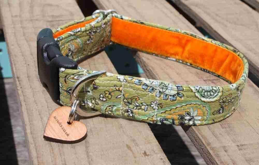 Scrufts Country Corduroy Dog Collar