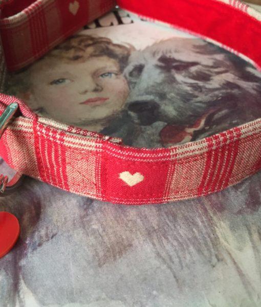 Scrufts' Sweetheart Velvet Lined Dog Collar