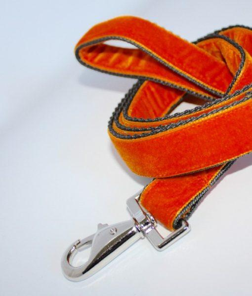 Scrufts Marmalade Orange Velvet Lead
