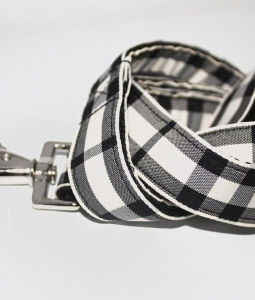 Scrufts' Charcoal and Chalk Checked Dog Lead