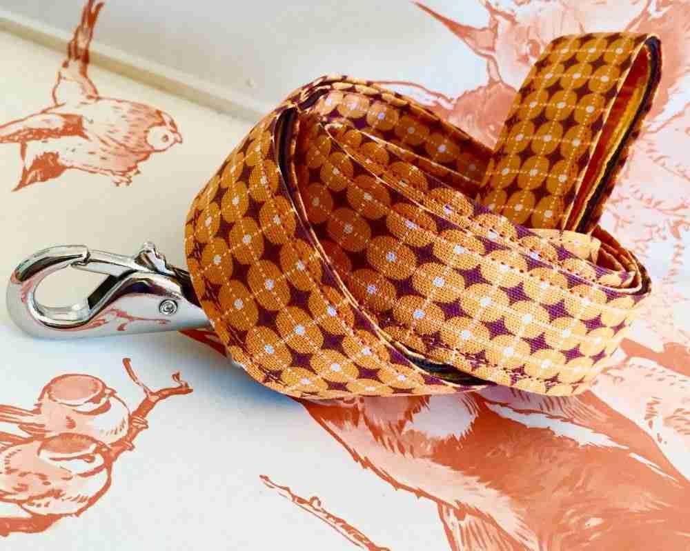 Scrufts' Dusty Orange Geometrilc Retro Velvet Lined Dog Lead