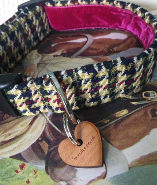 Scrufts' D'Arcy Velvet Lined Dog Collar