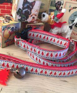Scrufts' Mini Christmas Pingu Dog Collar and Lead in Festive Red