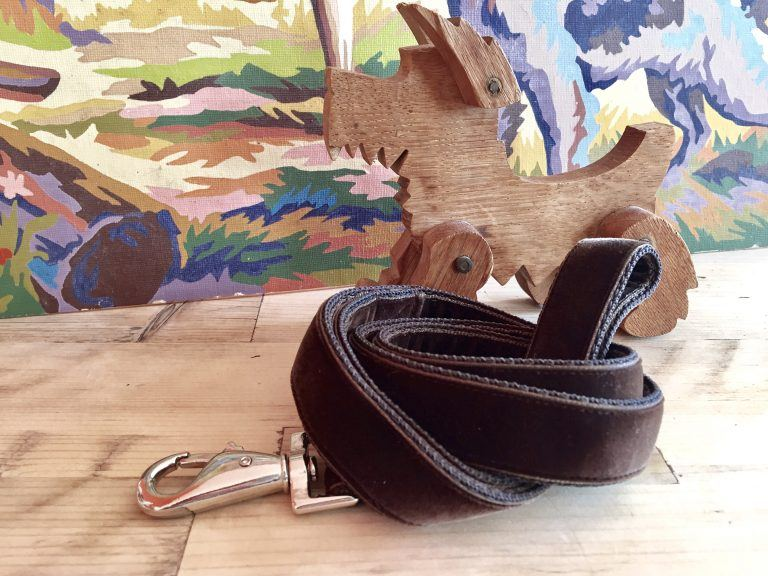 Scrufts' Watson Brown Velvet Dog Lead