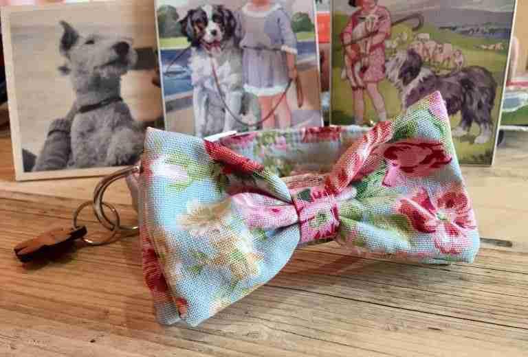 Scrufts' Cherry Blossom Velvet Lined Girly Bow Tie Dog Collar