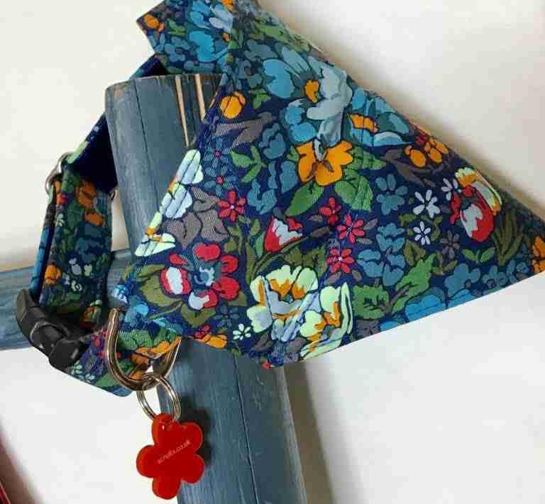 Scrufts' Moonflower Floral Velvet Lined Dog Collar with Slip on Bandana