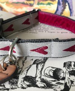 Scrufts' Rhubi Heart Patterened Velvet Lined Dog Collar