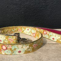 Scrufts Kiwi Floral Dog Lead