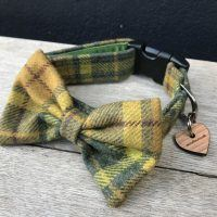 Scrufts Aldo Green Tweed Bow Tie Dog Collar
