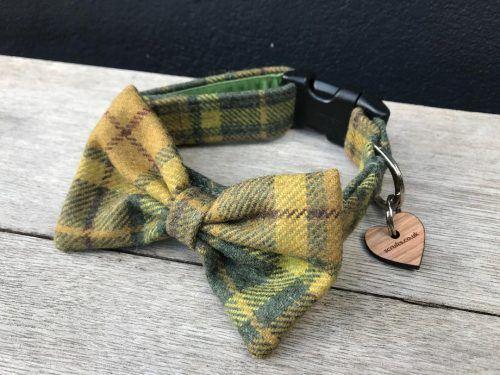 Scrufts Aldo Green Tweed Bow Tie Dog Collar