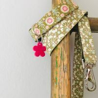 Scrufts Tilly Green Floral Dog Collar and Lead with Pink Velvet Lining