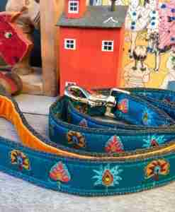 Scrufts Drake Dog Lead in Teal with Orange Velvet Lining