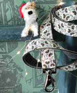 Scrufts Figgy Pudding Christmas Dog Lead with Velvet Lining