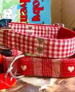 Scrufts' Sweetheart Heart Patterned Velvet Lined Dog Collar