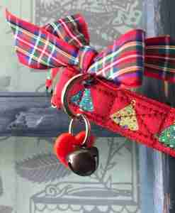 Scrufts Red Bauble Christmas Dog Collar with Red Velvet Lining