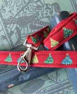 Scrufts Red Bauble Christmas Dog Lead with Red Velvet Lining