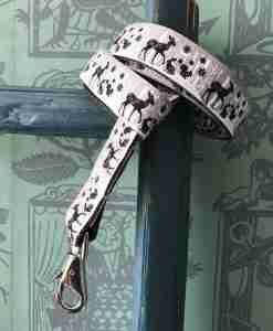 Scrufts Bambi Christmas Dog Lead with Velvet Lining