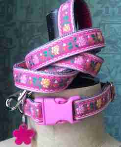 Scrufts Edelweiss Tyrolean Dog Collar and Lead in Pink with Velvet Lining