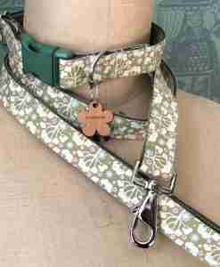 Scrufts Tilly Green Floral Dog Collar and Lead with Olive Velvet Linin