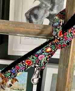 Scrufts Hollyhock Velvet Lined Black Floral Dog Lead